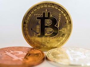 Ảnh của Tin vắn Crypto 07/05: Áp lực bán Bitcoin của các miner sắp chấm dứt cùng tin tức Ethereum, Coinbase, Cardano, Uniswap, Terra Virtua, Yearn Finance, DeBio Network, Symbolb, Dogecoin, ETC