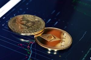 Picture of Bitcoin vs. ETH: Tiền điện tử nào sẽ khiến bạn điên cuồng trong 5 năm tới?