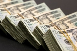 Ảnh của Đồng Đô la tăng cao hơn trước khi Fed công bố biên bản họp tháng 6