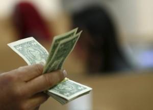 Ảnh của Đồng Đô la tăng giá mặc dù tâm lý của nhà đầu tư đã tích cực hơn