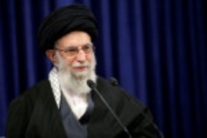 Picture of Iran's Khamenei: don't blame people protesting over water crisis