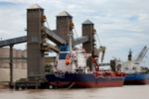 Picture of Exclusive-Historic low river levels force Argentine grains ships to cut cargoes by 25%, ports chamber says
