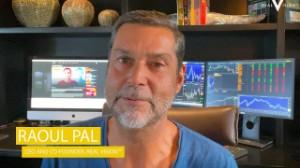 Ảnh của Raoul Pal mở rộng danh mục đầu tư sang altcoin nhỏ hơn bên cạnh Bitcoin và Ethereum