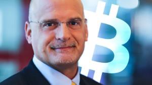 Ảnh của Mike McGlone: Bitcoin có nhiều khả năng đạt $60k hơn là trượt về $20k