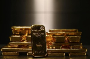 Picture of Gold Dips Beneath $1,800 in Pre-Fed Shadow Boxing