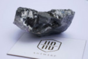 Picture of Massive uncut diamond unveiled in New York