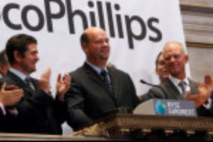 Picture of ConocoPhillips bets $23 billion on U.S. shale oil as rivals retreat