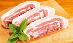 Ảnh của Ai 'ăn dày' trên giá thịt heo?