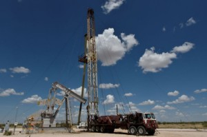 Picture of Third-quarter profits to sparkle for shale producers without hedges
